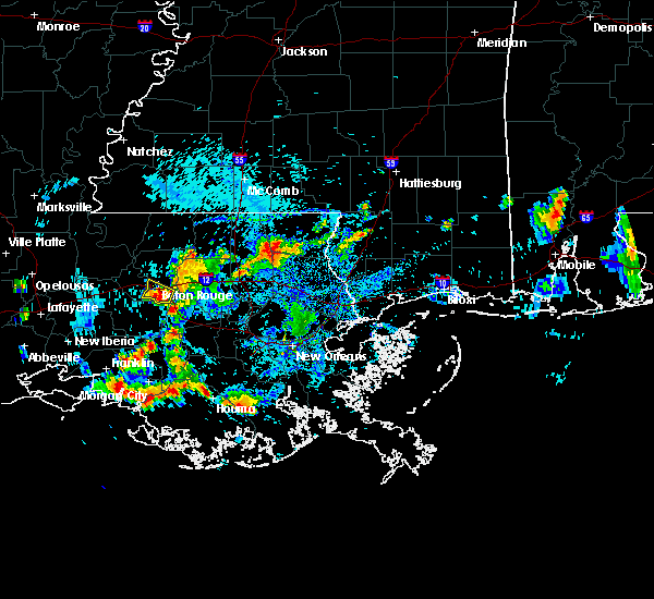 Radar Image for Severe Thunderstorms near Baton Rouge, LA at 6/23/2015 4:35 PM CDT