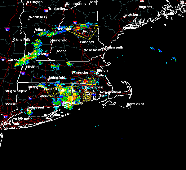 Radar Image for Severe Thunderstorms near Franklin Town, MA at 6/23/2015 5:36 PM EDT
