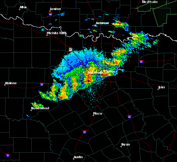 Radar Image for Severe Thunderstorms near Irving, TX at 10/10/2019 9:18 PM CDT