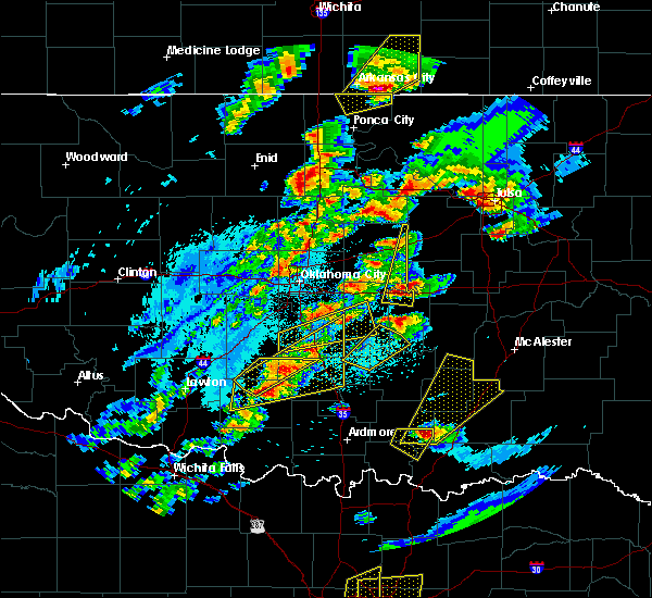Radar Image for Severe Thunderstorms near Prague, OK at 10/20/2019 9:01 PM CDT