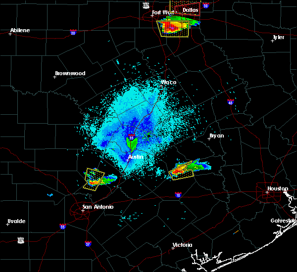 Radar Image for Severe Thunderstorms near Giddings, TX at 10/20/2019 9:02 PM CDT