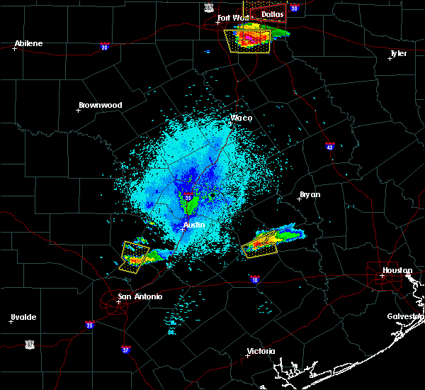 Radar Image for Severe Thunderstorms near Giddings, TX at 10/20/2019 9:12 PM CDT