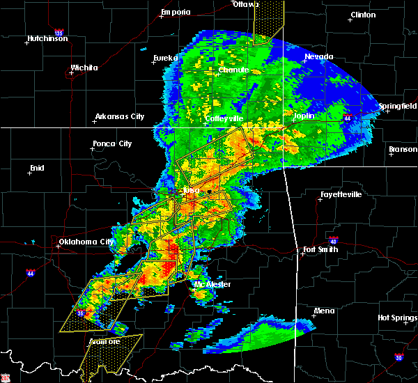 Radar Image for Severe Thunderstorms near Fairland, OK at 10/20/2019 11:01 PM CDT