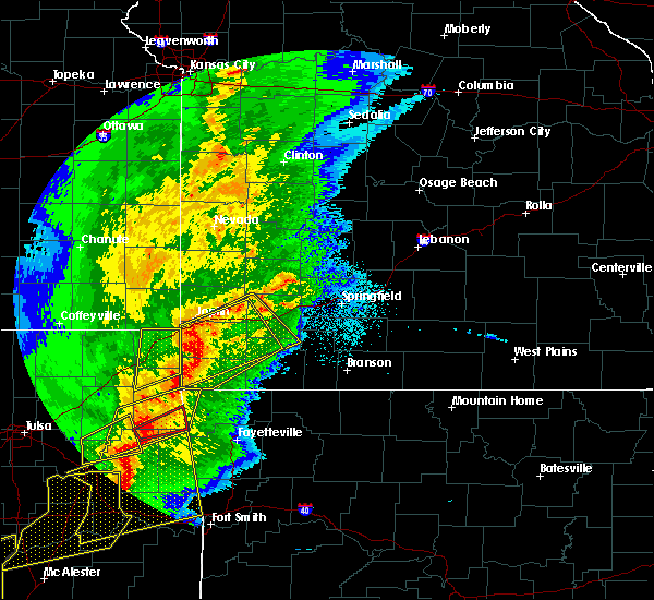Radar Image for Severe Thunderstorms near La Russell, MO at 10/20/2019 11:46 PM CDT