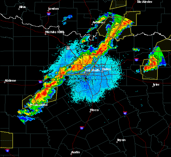 Radar Image for Severe Thunderstorms near Irving, TX at 10/21/2019 12:09 AM CDT
