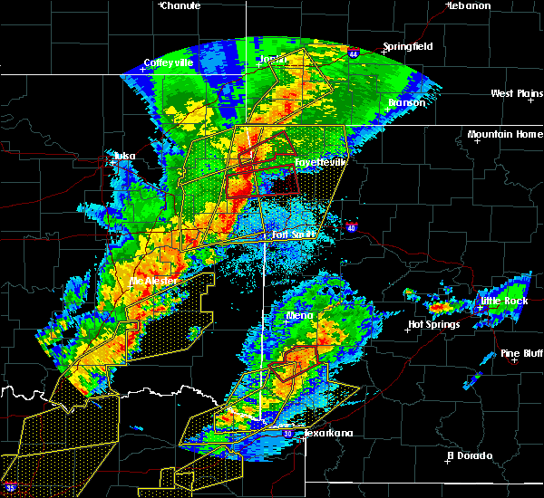 Radar Image for Severe Thunderstorms near Rogers, AR at 10/21/2019 12:16 AM CDT