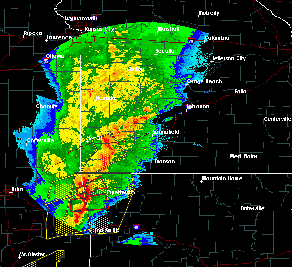 Radar Image for Severe Thunderstorms near Freistatt, MO at 10/21/2019 12:17 AM CDT