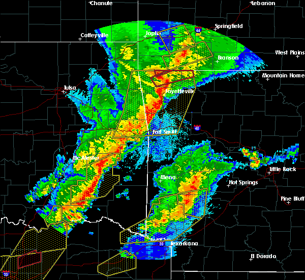 Radar Image for Severe Thunderstorms near Rogers, AR at 10/21/2019 12:44 AM CDT