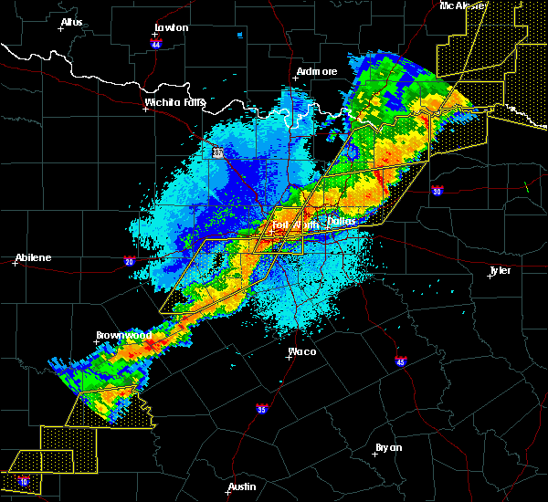 Radar Image for Severe Thunderstorms near Cleburne, TX at 10/21/2019 12:59 AM CDT