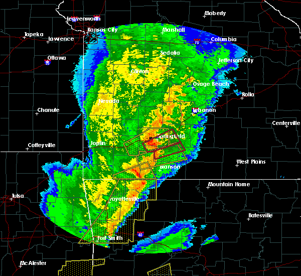 Radar Image for Severe Thunderstorms near Sparta, MO at 10/21/2019 1:07 AM CDT