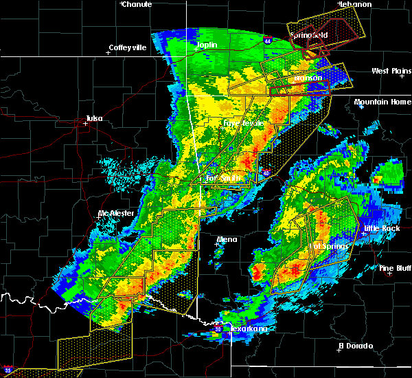 Radar Image for Severe Thunderstorms near Ratcliff, AR at 10/21/2019 1:28 AM CDT