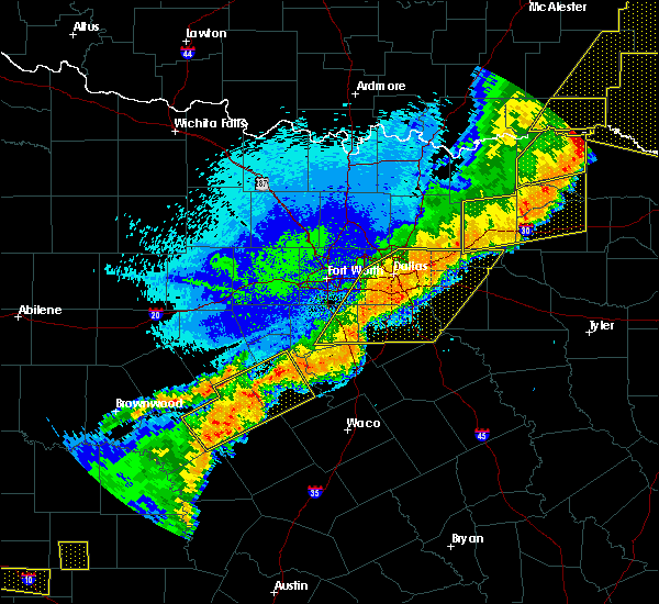 Radar Image for Severe Thunderstorms near Lancaster, TX at 10/21/2019 1:36 AM CDT