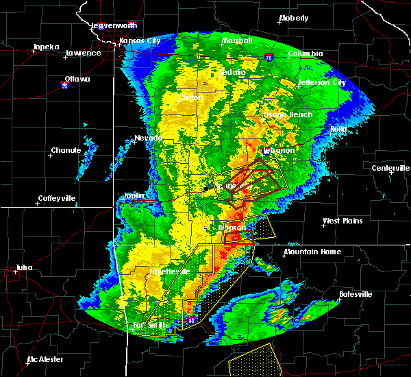 Radar Image for Severe Thunderstorms near Gainesville, MO at 10/21/2019 1:45 AM CDT