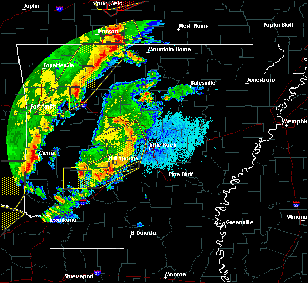 Radar Image for Severe Thunderstorms near Little Rock, AR at 10/21/2019 1:47 AM CDT