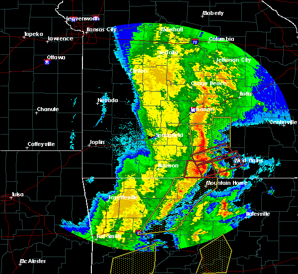 Radar Image for Severe Thunderstorms near Gainesville, MO at 10/21/2019 2:13 AM CDT