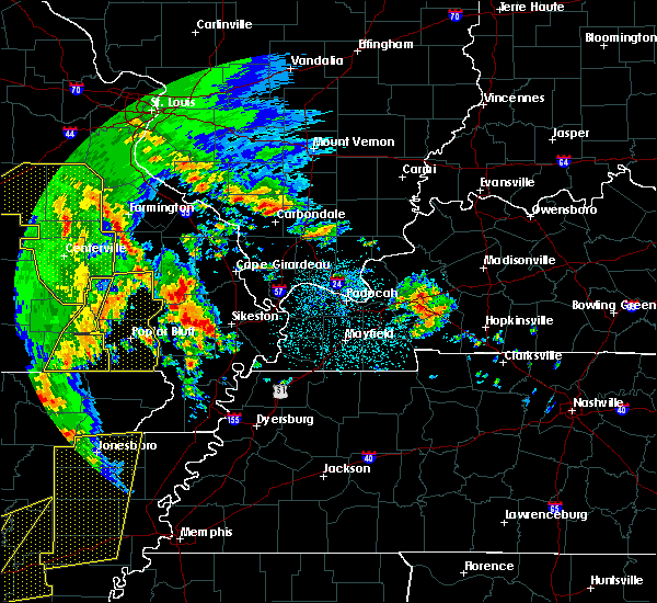 Radar Image for Severe Thunderstorms near Cape Girardeau, MO at 10/21/2019 3:48 AM CDT