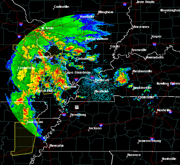 Radar Image for Severe Thunderstorms near Ewing, IL at 10/21/2019 4:05 AM CDT