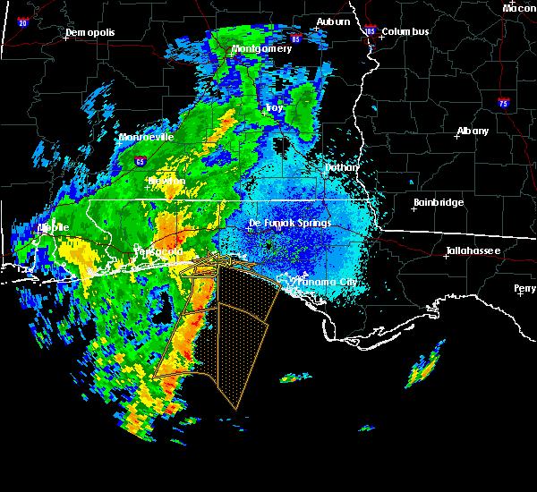 Radar Image for Severe Thunderstorms near Destin, FL at 10/21/2019 8:17 PM CDT