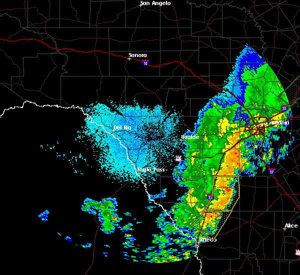 Radar Image for Severe Thunderstorms near Fowlerton, TX at 10/24/2019 10:19 PM CDT