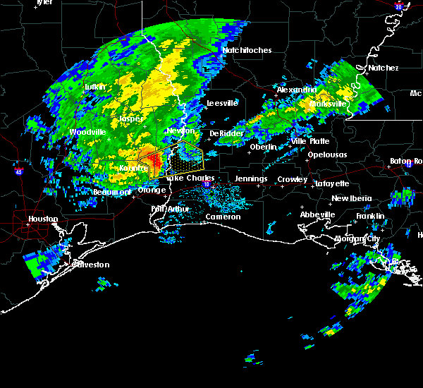 Radar Image for Severe Thunderstorms near DeQuincy, LA at 10/29/2019 5:21 PM CDT