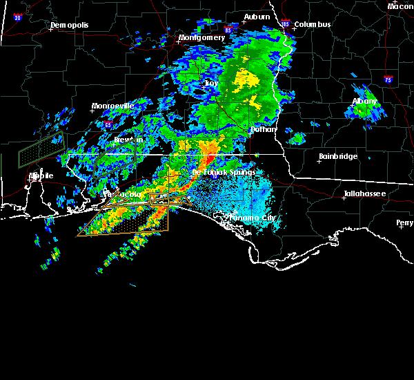 Radar Image for Severe Thunderstorms near Destin, FL at 10/30/2019 7:57 PM CDT