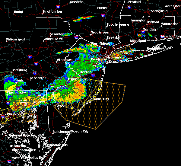 Radar Image for Severe Thunderstorms near Clayton, NJ at 6/23/2015 6:43 PM EDT