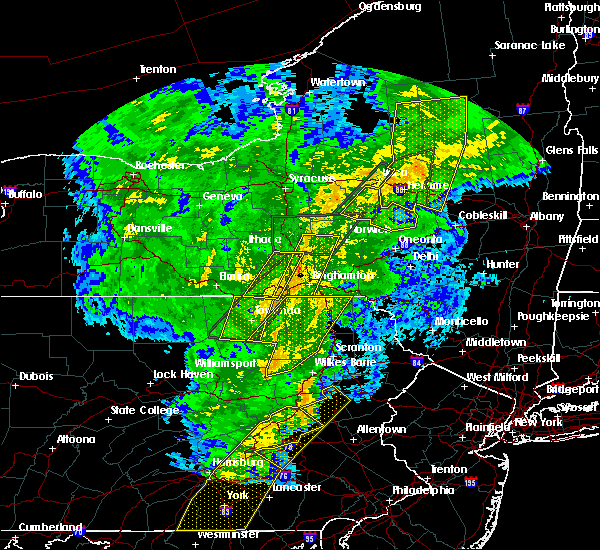 Radar Image for Severe Thunderstorms near Oakland, PA at 10/31/2019 8:36 PM EDT