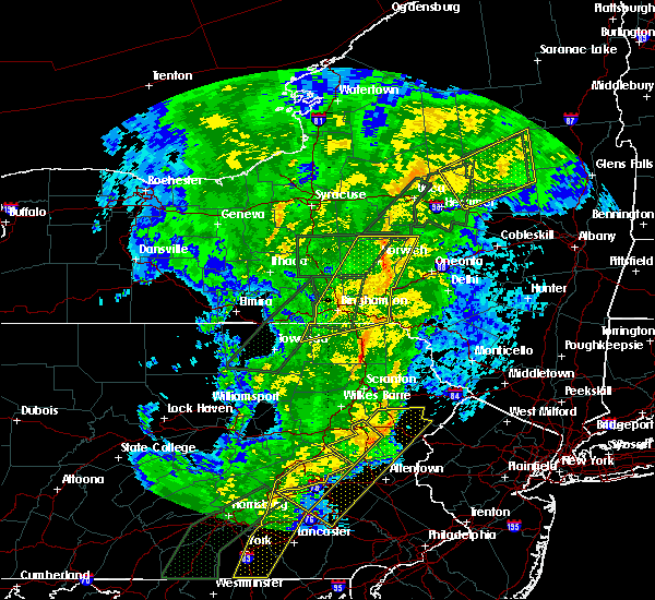 Radar Image for Severe Thunderstorms near Oakland, PA at 10/31/2019 9:17 PM EDT