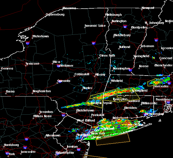 Radar Image for Severe Thunderstorms near Agawam Town, MA at 6/23/2015 7:44 PM EDT