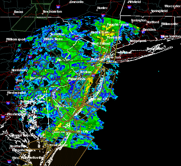 Radar Image for Severe Thunderstorms near Sea Isle City, NJ at 11/1/2019 1:02 AM EDT