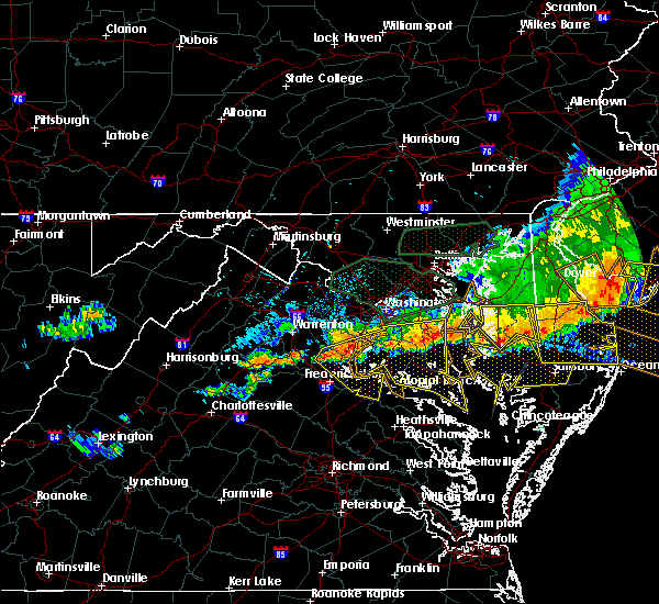 Radar Image for Severe Thunderstorms near Owings, MD at 6/23/2015 8:03 PM EDT