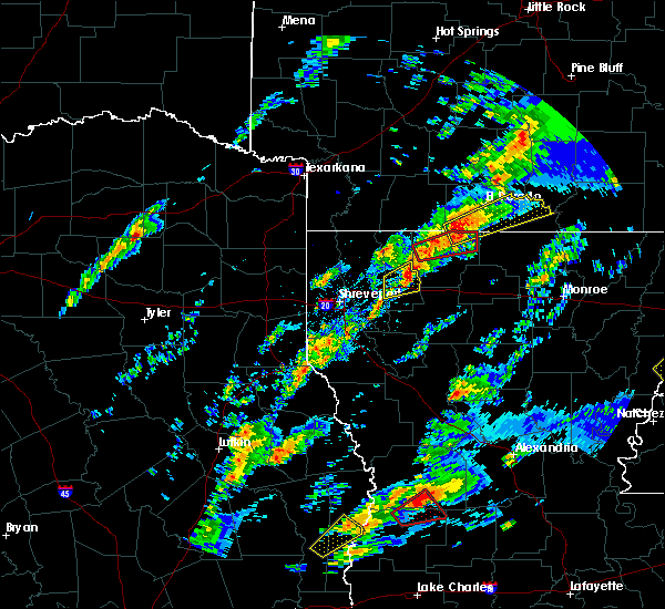 Radar Image for Severe Thunderstorms near Strong, AR at 12/16/2019 11:23 AM CST