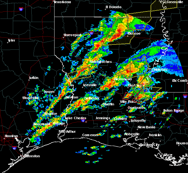 Radar Image for Severe Thunderstorms near Woodworth, LA at 12/16/2019 1:39 PM CST