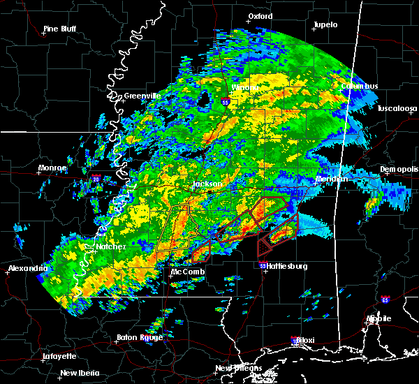 Radar Image for Severe Thunderstorms near Bay Springs, MS at 12/16/2019 6:07 PM CST