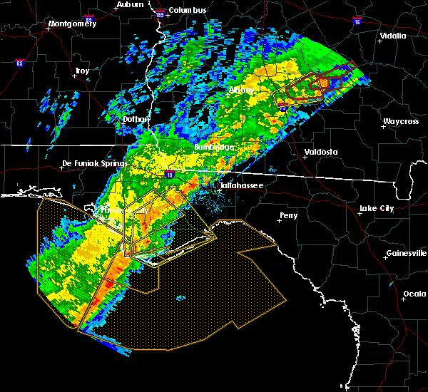 Radar Image for Severe Thunderstorms near Carrabelle, FL at 12/17/2019 12:11 PM EST