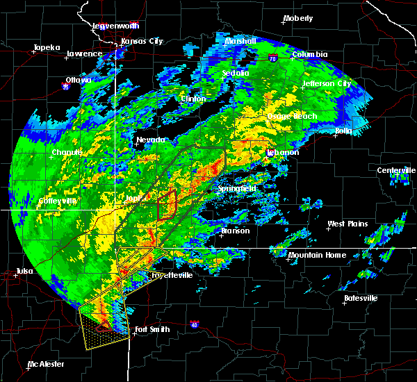 Radar Image for Severe Thunderstorms near Cassville, MO at 1/10/2020 4:17 PM CST