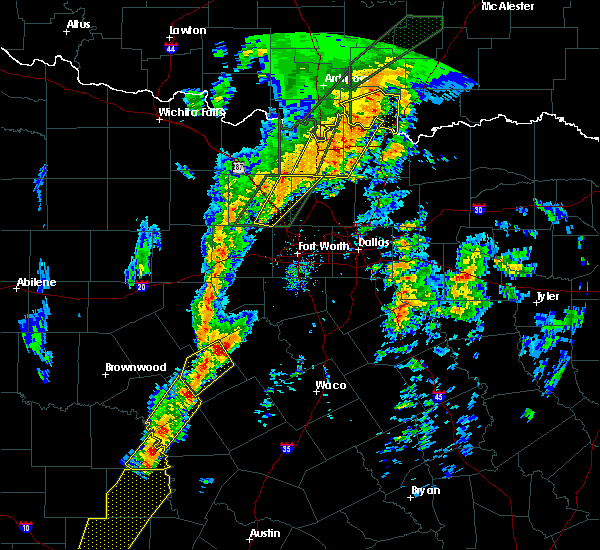 Radar Image for Severe Thunderstorms near Walnut Springs, TX at 1/10/2020 4:27 PM CST