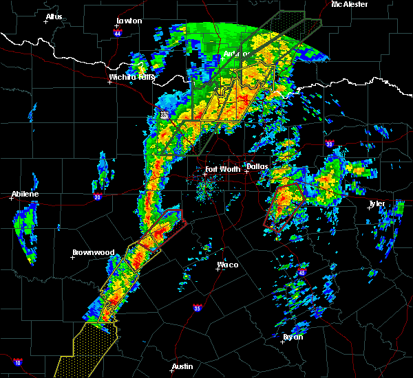 Radar Image for Severe Thunderstorms near Walnut Springs, TX at 1/10/2020 4:40 PM CST