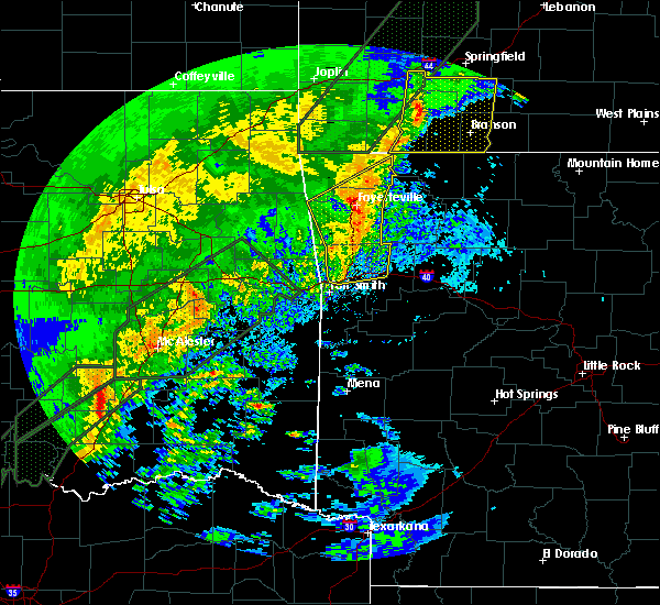 Radar Image for Severe Thunderstorms near Rogers, AR at 1/10/2020 5:07 PM CST