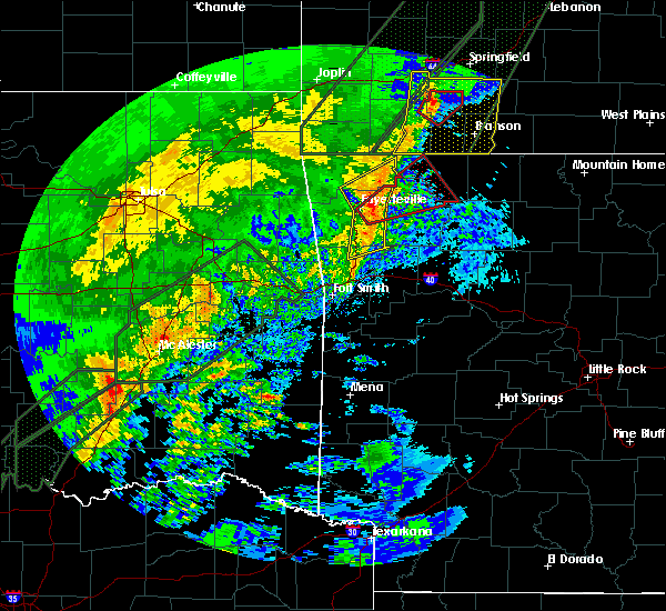 Radar Image for Severe Thunderstorms near Rogers, AR at 1/10/2020 5:13 PM CST