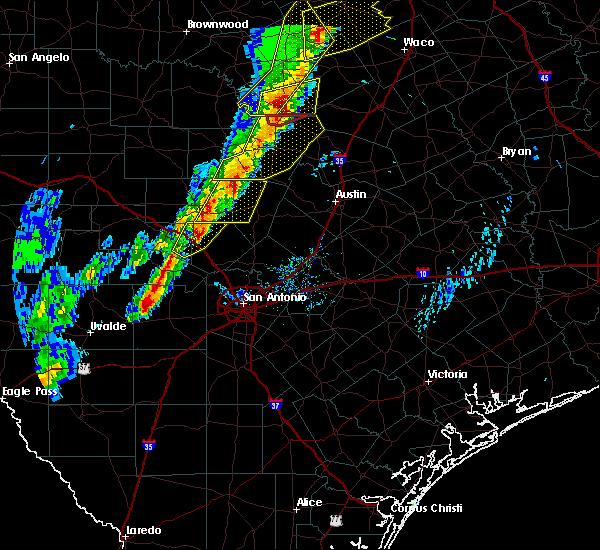 Radar Image for Severe Thunderstorms near Lake Medina Shores, TX at 1/10/2020 5:45 PM CST