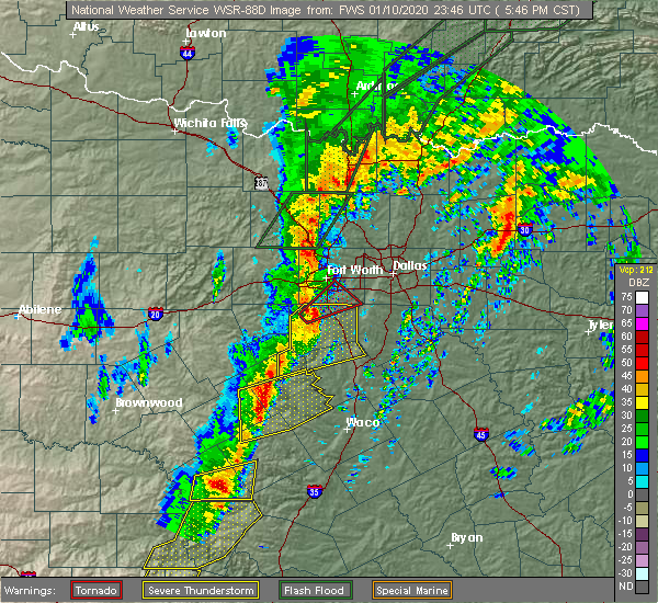 Radar Image for Severe Thunderstorms near Kennedale, TX at 1/10/2020 5:52 PM CST