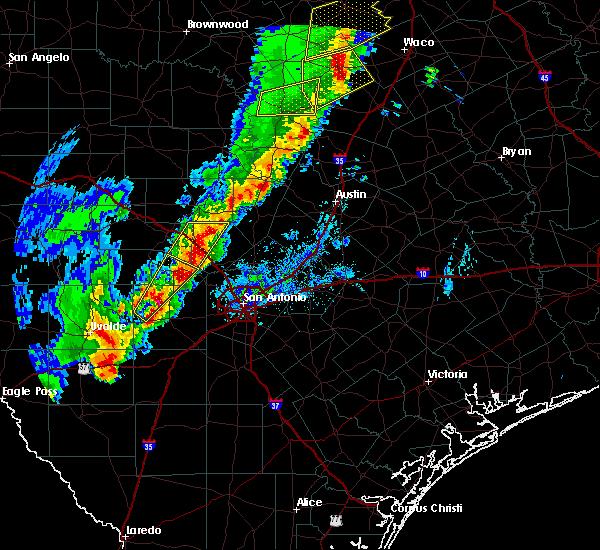 Radar Image for Severe Thunderstorms near Lake Medina Shores, TX at 1/10/2020 6:33 PM CST