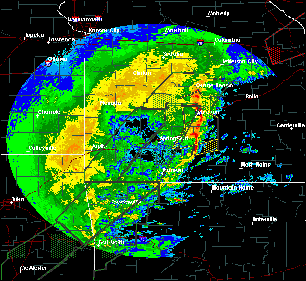 Radar Image for Severe Thunderstorms near Linn Creek, MO at 1/10/2020 6:50 PM CST