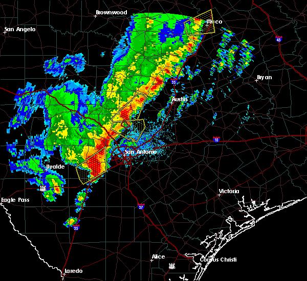 Radar Image for Severe Thunderstorms near San Antonio, TX at 1/10/2020 7:17 PM CST