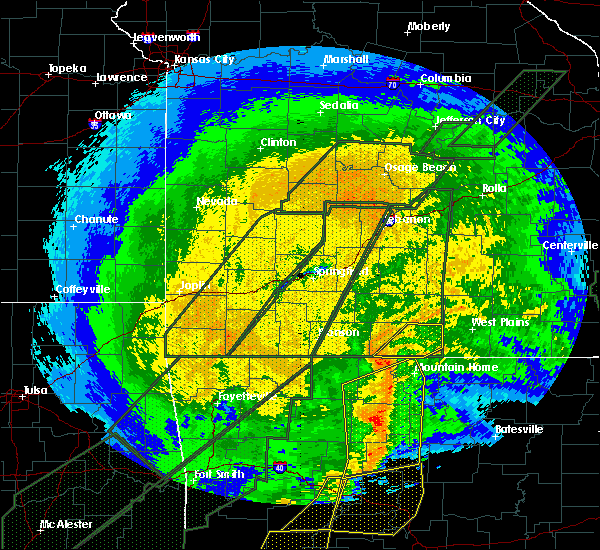 Radar Image for Severe Thunderstorms near Gainesville, MO at 1/10/2020 9:42 PM CST