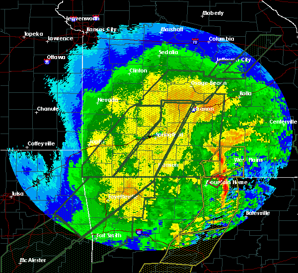 Radar Image for Severe Thunderstorms near Bakersfield, MO at 1/10/2020 10:27 PM CST