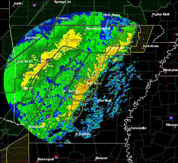 Radar Image for Severe Thunderstorms near Bradford, AR at 1/11/2020 12:11 AM CST