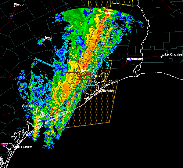 Radar Image for Severe Thunderstorms near Seabrook, TX at 1/11/2020 12:26 AM CST