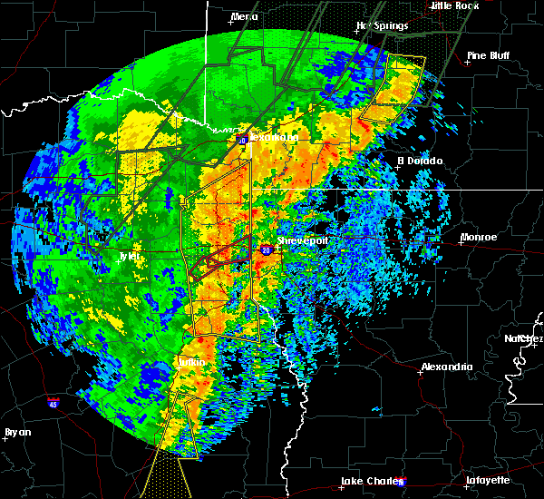 Radar Image for Severe Thunderstorms near Mooringsport, LA at 1/11/2020 12:37 AM CST